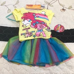 Trolls baby outfit
